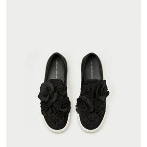 Size 8 sneaker zara